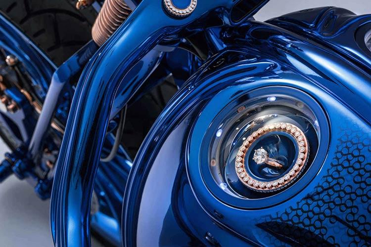 bucherer-bundnerbike-harley-davidson-blue-edition-3