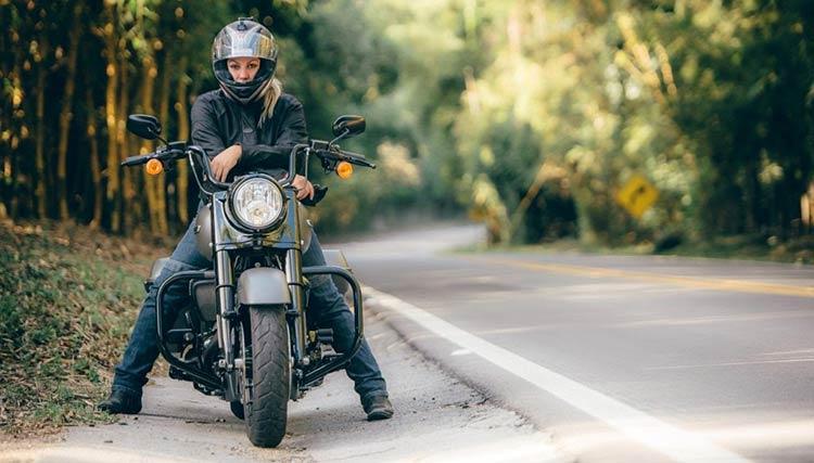 Harley-Davidson-Road-King-Special