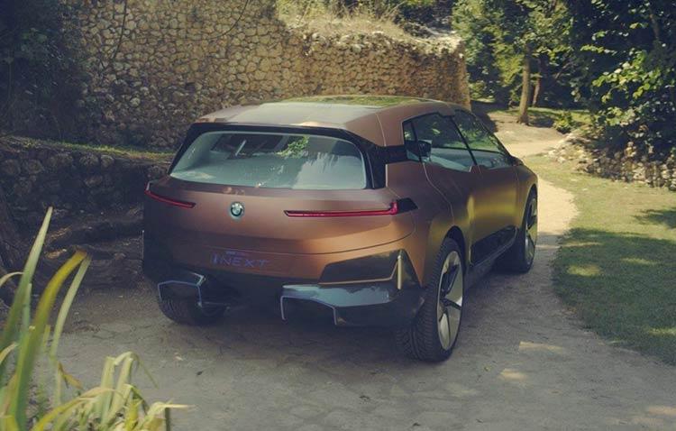 BMW-iNext-210