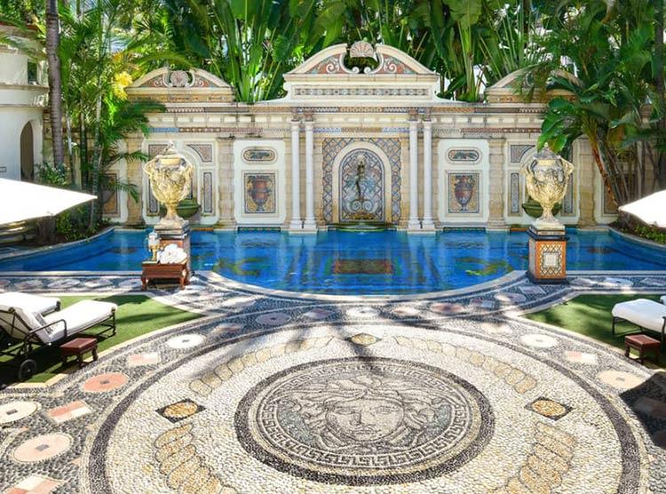 piscina-mansao-versacce-miami
