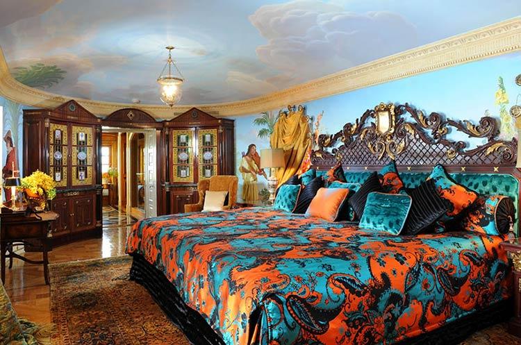 the-villa-mansion-versace