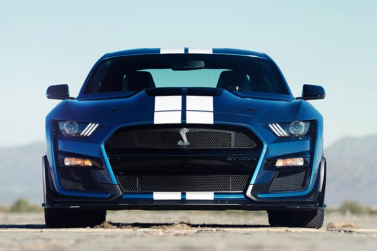 2020-Ford-Shelby-Mustang-GT500-1