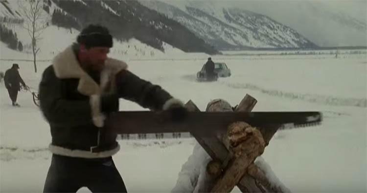 rocky-serrando-madeira