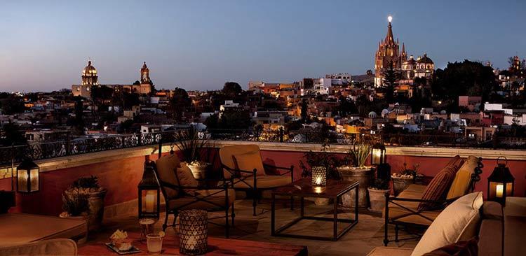 rooftop-Luna-Rooftop-Tapas-Bar-San-Miguel-de-Allende-Mexico