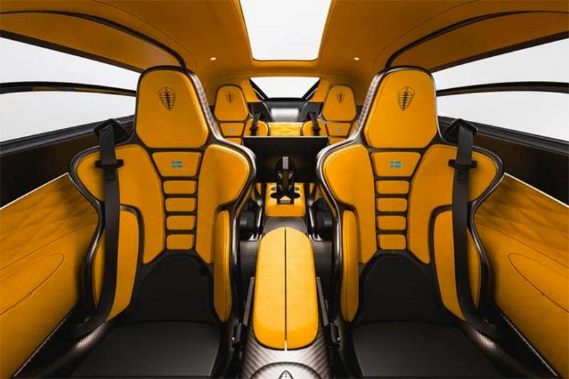 Koenigsegg-Gemera-interior